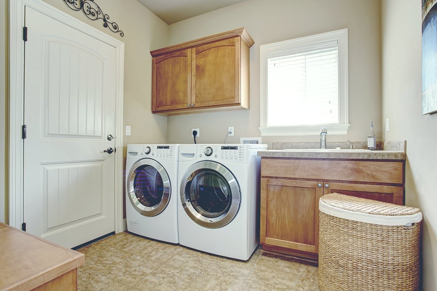 laundry room with ashing machine